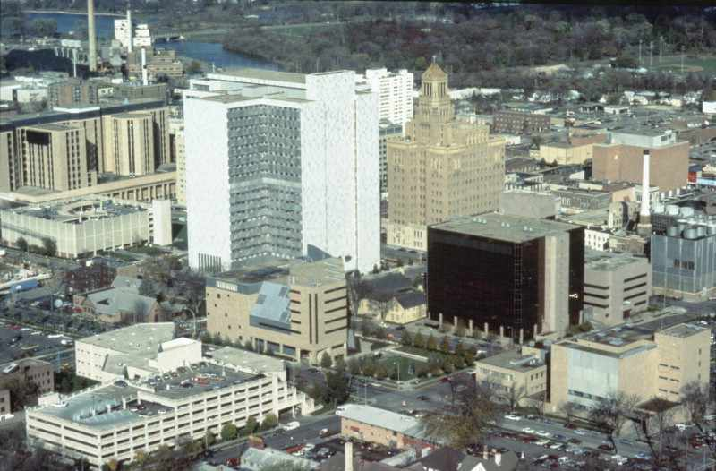 New Mayo Clinics and the Decision to Expand Outside Rochester #ThrowbackThursday